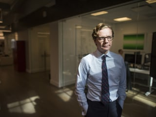 Hidden camera shows Cambridge Analytica pitching deceptive tactics