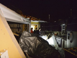 Tornado, strong winds hit Alabama ahead of major Southeastern storms