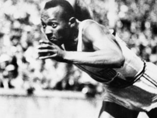 Jesse Owens' family auctioning his Presidential Medal of Freedom