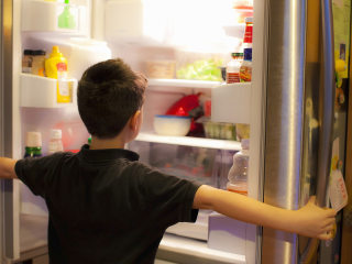 Don't be the food police: 9 ways to help kids be mindful, more engaged eaters