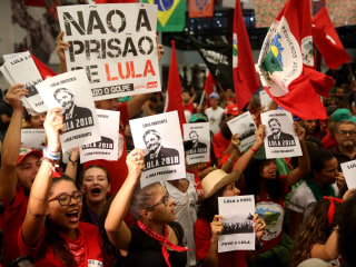 Brazil's top court rules that ex-president Lula can be jailed for corruption