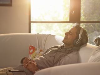 Can listening to whispers help you relax and fall sleep?