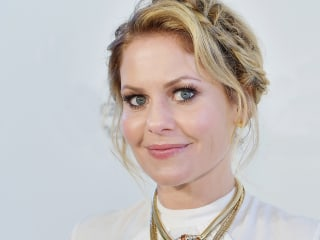Candace Cameron Bure shuts down body-shamer who commented on her weight