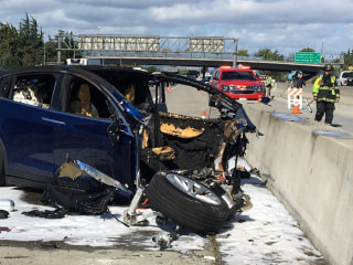 Tesla says autopilot had been on before deadly California crash