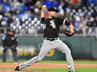 White Sox pitcher Farquhar suffers ruptured aneurysm during game