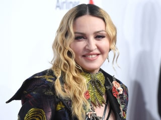 Court rules against Madonna, allowing auction house to sell Tupac breakup letter