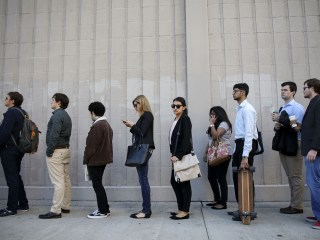U.S. unemployment rate falls to 3.9 percent — lowest since 2000