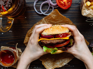 Could fast food make it harder for you to get pregnant?