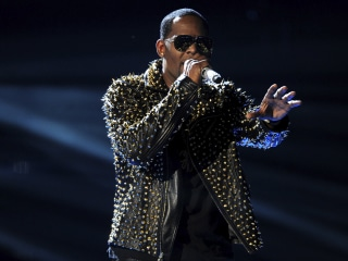 Spotify still on the hot seat over R. Kelly