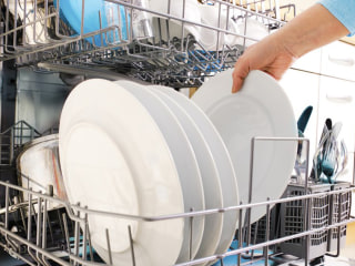 You shouldn't rinse dishes before you put them in the dishwasher (seriously)