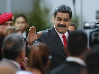 Venezuelan president expels top U.S. diplomat