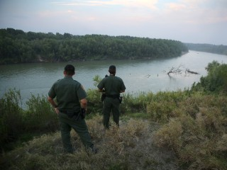 Border Patrol agent kills migrant near Texas-Mexico line