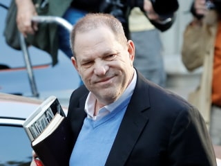 Harvey Weinstein surrenders at NYC police station to face sex charges