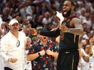 LeBron's monster performance helps Cavs force Game 7 vs. Celtics