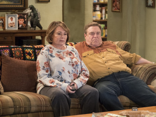 Roseanne Barr blames racist tweet on Ambien after ABC cancels 'Roseanne'