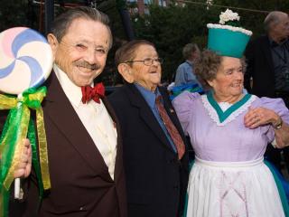 Last surviving 'Wizard of Oz' munchkin, Jerry Maren, dies