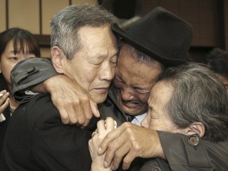 North, South Korea agree to cross-border reunions for families split by war