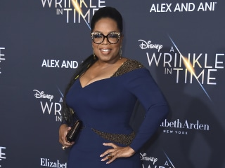 Oprah Winfrey signs mega-deal with Apple for original programming