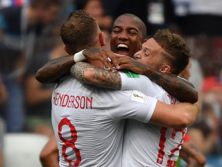 England dominates Panama 6-1 to reach round of 16
