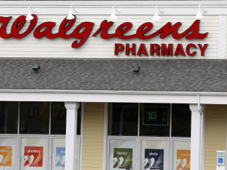 Walgreens pharmacist refuses to give Arizona woman drug to end pregnancy