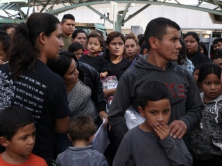 U.S. is ordered to reunite migrant families. Now what?