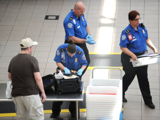 TSA screeners have immunity from flier abuse claims, appeals court rules