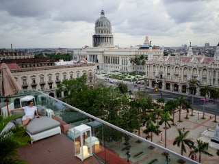 Cuba to restrict growth in private sector under new regulations