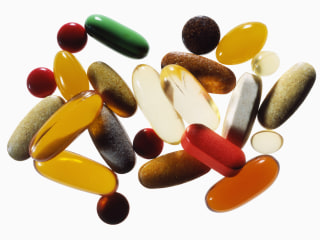 Vitamin supplements don't lower heart risk, study finds