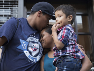 Government says around 2,551 migrant children still need reunification with parents