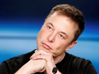 Elon Musk apologizes, blames 'anger' for calling Thai cave diver a 'pedo'