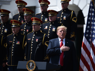 President Trump wades back into NFL national anthem debate