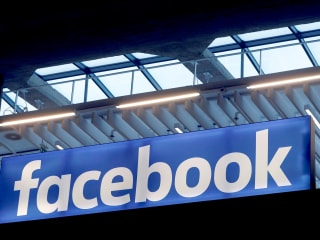 Facebook launches new cybersecurity tools for U.S. political campaigns
