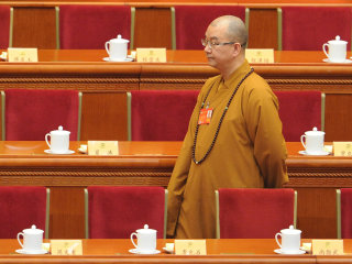 China Buddhist leader Xuecheng accused of coercing nuns into sex