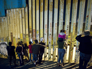 First wave of migrants arrive in Tijuana, Mexico, filling shelters