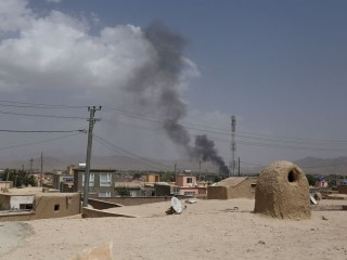 Taliban assault on Ghazni kills 120 people; U.S. helps struggling Afghan forces