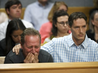 Shanann Watts' father cries as daughter's murder suspect hears charges in court