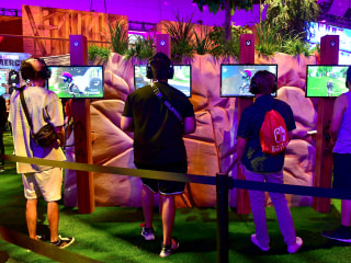 Parents work to put boundaries on 'Fortnite' during the school year