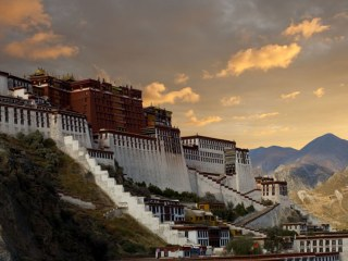 China spends big in Tibet to avert a crisis when the Dalai Lama dies