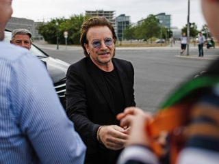 Bono expects voice back for rest of U2's European tour