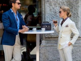 Howard Schultz fulfills 'dream' by opening Italy's 1st Starbucks