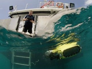 This killer robot could help save the Great Barrier Reef. Here's how.