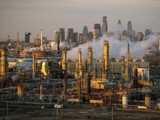 EPA seeks to relax rules on methane emissions, admits harmful health impacts