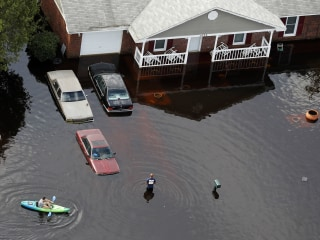 Fears of major flooding in Fayetteville, N.C., as Florence menaces East Coast