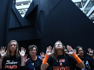 Controversial Kavanaugh hearings draw protests to Capitol Hill