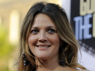 EgyptAir stands by purported interview with Drew Barrymore in inflight magazine