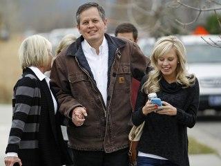 Senator vows Kavanaugh vote won't keep him from daughter's Montana wedding