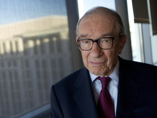 'Run for cover,' former Fed head Alan Greenspan warns investors
