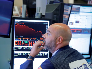 Dow Jones plunges 800 points as rising rates spark fears