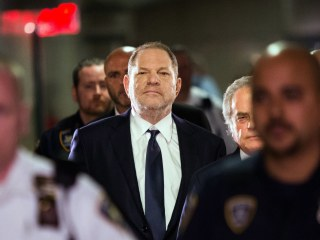 Detective told Harvey Weinstein accuser to delete info on her cell phones