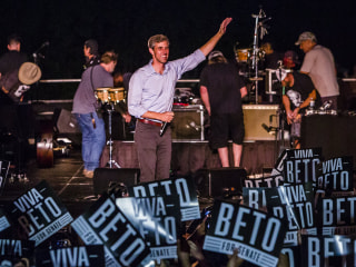 Beto O'Rourke shatters fundraising records with $38 million quarter